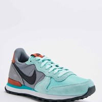 Nike Internationalist Trainers in Mint - Urban Outfitters