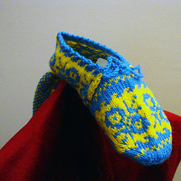 FREE SHIPPING -  Adult Knit House Slipper,blue and yellow,women Slippers, Women Slipper,house Bootee, Sock with blue shoelace