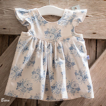 Flutter Sleeve Baby Dress - Photo Shoot, Party, Special occasion - 100% Cotton - Ages 0-3 months to 24 months, handmade, vintage style print