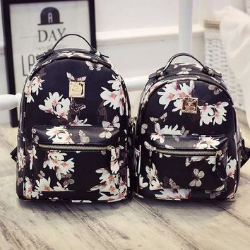 ONETOW Day-First? Vintage Black Butterfly Printed Backpack