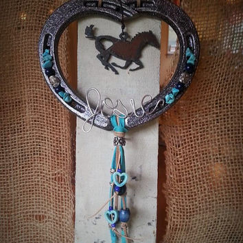 Heart Horseshoe, Horseshoe Art, Personalized Gifts, Cowgirl Gift, Heart Decor, Horseshoe Decor, Equestrian Gifts, Horse Gifts, Custom Art