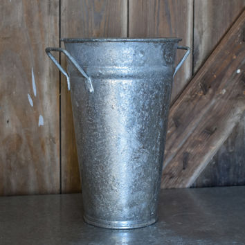 Galvanized French Bucket
