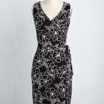 Introduction Luncheon Dress in Black | Mod Retro Vintage Dresses | ModCloth.com