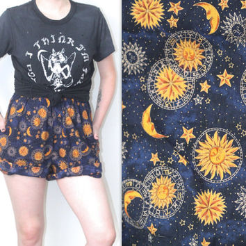 Vintage 90s Boho Gypsy // Astrology Print Sun Moon Shorts // Celestial Cosmic // High Waisted // XS Extra Small / Small / Medium / Large