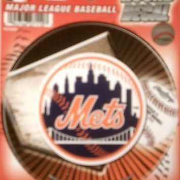 """New York Mets NY 4"""" Round Decal Bumper Sticker Emblem Baseball Red"""
