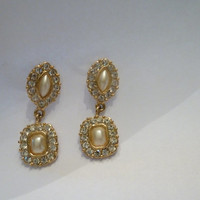 Vintage rhinestone and pearl dangle earrings gold setting prom wedding bride costume jewelry