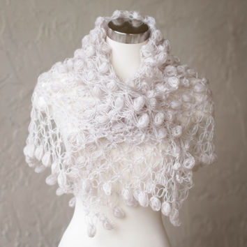 Crochet Shawl //Bridal Shrug // Bolero // Shawl // Winter accessories // Wedding //Bride accessories // off white shawl / Rustic wedding