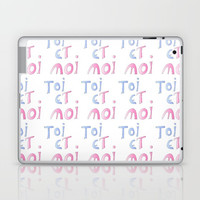Toi et moi – Marriage, love, romantism,romantic,cute,beauty, tender, tenderness Laptop & iPad Skin by oldking