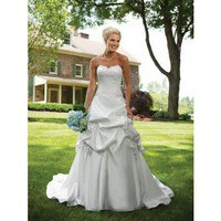 Sweetheart ball gown satin bridal gown