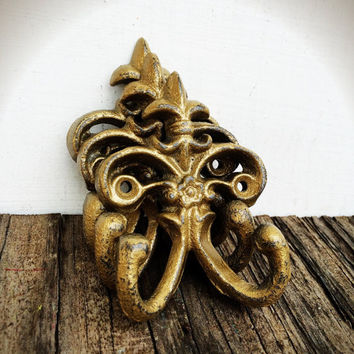 Petite Fleur de lis Double Wall Hooks Rustic Shabby Chic - Shimmering Metallic Gold