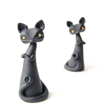 Black Cat Sculpture with Green Eyes by Bonjour Poupette