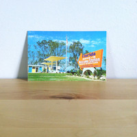 Florida Welcomes You: Drive-In Welcome Station in FL, Paper Ephemera {1950s} Vintage Postcard