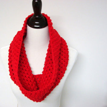 Red Chunky Bubble Cowl Winter Scarf Made to Order by MyHobbyShop