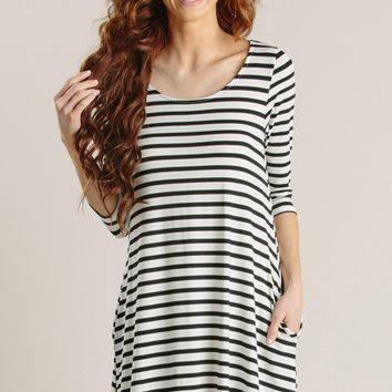 Kayla Striped Shift Dress with Pockets