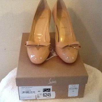 DCCK Beautiful Christian Louboutin Nude (Beige) Vinodo Pump New In Box