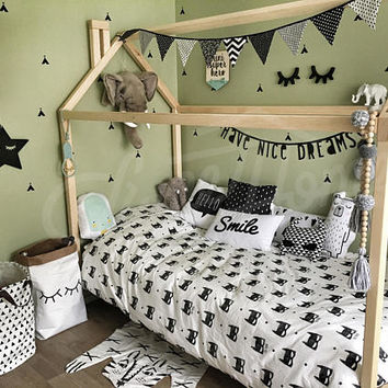 Toddler bed, house bed TWIN SIZE, frame bed, Montessori bed, children bed, nursery bed, nursery crib, baby bed, wood bed, teepee