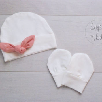 IVORY Newborn outfit newborn girl baby hat with PINK Tied KNOT baby girl hat girl baby hat newborn baby girl hospital hat baby girl hat