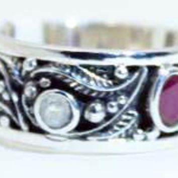 Beautifully Detailed Sterling Silver Ruby & Moonstone Vine ring