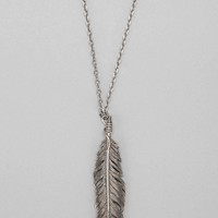 Urban Outfitters - Beneath the Roses Feather Necklace