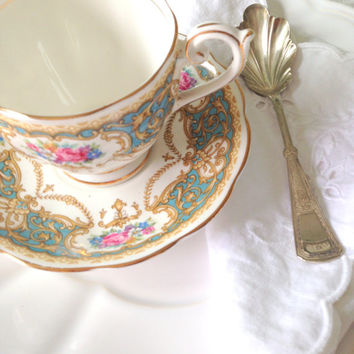 Vintage Queen Anne Regency Pattern English Fine Bone China Teacup & Saucer Tea Party
