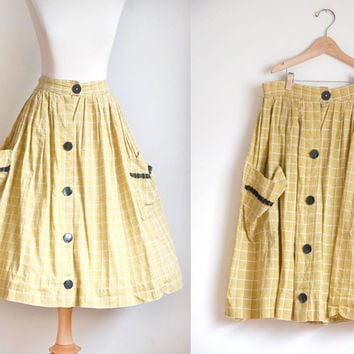 SALE // 1950s Skirt // 50s Yellow Cotton Circle Skirt // Button Me Up