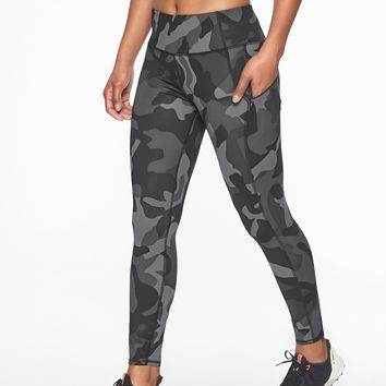 Camo Contender 7/8 Tight | Athleta