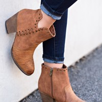 Nila Stitched Leather Bootie (Cognac)