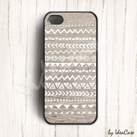 iPhone 4 iPhone 4S and iPhone 5 case, Hand Drawn Geometric Tribal Pattern Wood iPhone case design, Navajo Pattern on Wood