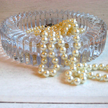 Art Deco styled glass ash tray, clear, ribbed detailing, jewelry storage, candy dish