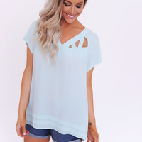 MINT SHORT SLEEVE CUT-OUT BLOUSE