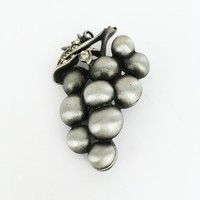 Pewter Tone Grape Cluster Pin Clear Rhinestone Leaf Vintage 1970s 1980s 1990s Fruit Theme Metallic Gray Black Grapes