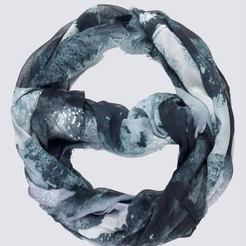 Chic Abstract Print Infinity Scarf
