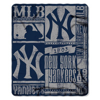 New York Yankees MLB Light Weight Fleece Blanket (Strength Series) (50inx60in)