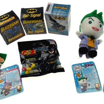 Batman Super Hero Set Joker Catwoman Bat Signal Batmobile Jelly Belly Bust Mini