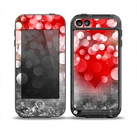 The Bright Unfocused White & Red Love Dots Skin for the iPod Touch 5th Generation frē LifeProof Case