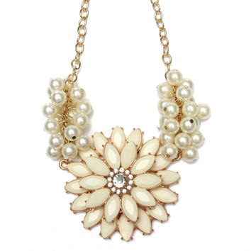 Metal Flower Pearl Collar Bib Statement Necklace