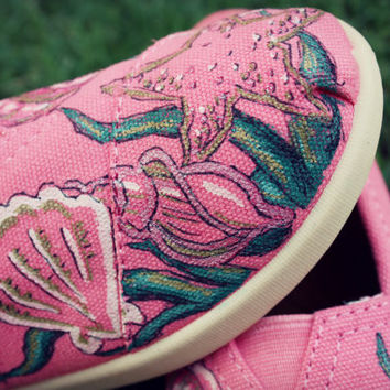 Womens - Pink Shells Ocean Custom TOMS Shoes
