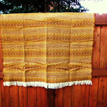 Southwestern inspired rust colored Amana Woolen Mills aztec virgin wool blanket. aztec afghan. throw. southwestern blanket. dead stock