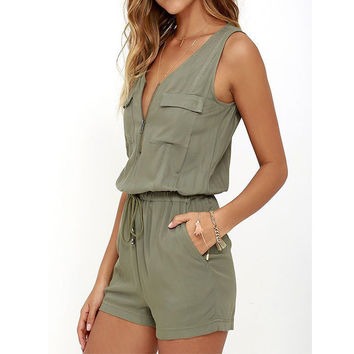 2017 Summer Beach Rompers Womens Jumpsuit Front Zipper Sleeveless Sexy Bodysuit Slim Fit Playsuits Solid Overalls Plus Size S-XL