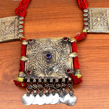 Vintage Kashmiri Necklace,Ethnic Tribal Necklace,Hippie Jewelry,Afghan Kuchi Amulet Necklace,Gypsy Boho,Festival,Antique Prayer Box Necklace