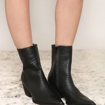 Katy Bootie - What's New at Gypsy Warrior