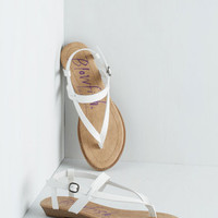 ModCloth Gait Minds Think Alike Sandal in White