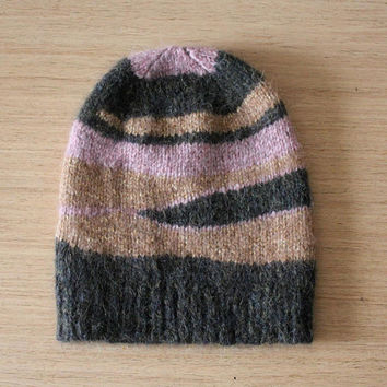 Alpaca hat, Slouchy beanie, Striped hat, Multi color hat, Lurex hat, Knitted hat, Ladies beanies, Green pink gold hat