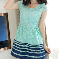 Green Short Sleeve Mini Lace Dress