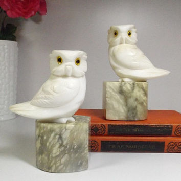 Antique Alabaster stone Owl Bookends. vintage carved alabaster owl bookends, Alabaster stone, hand made in Italy .home decor. label. Marble