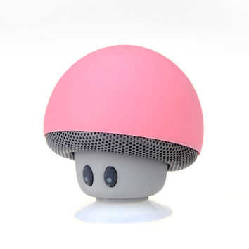 Portable Christmas Handsfree With Mic Suction Cup Stereo Wireless Mini Bluetooth Speaker Mushroom DC5V for Christmas Decor