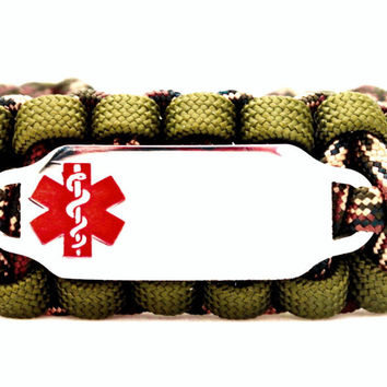 Camo 550 Paracord Bracelet with Engraved Stainless Steel Medical Alert ID Tag - Red Rectangle