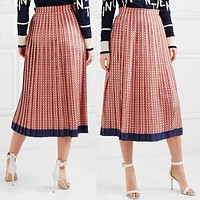 Valentino Fashion Women Casual V Letter Print Pleated Skirt Red