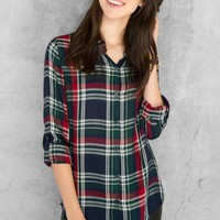 Georgetown Plaid Buttoned Blouse