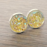 Druzy earrings-  Light yellow drusy silver tone stud druzy earrings